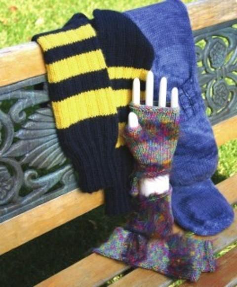 handwarmer_scarves.pdf-1main.jpg