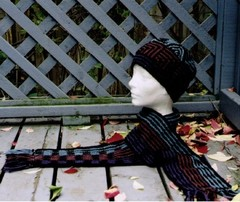 Shadow_play_hat_and_scarf_set.pdf-1man