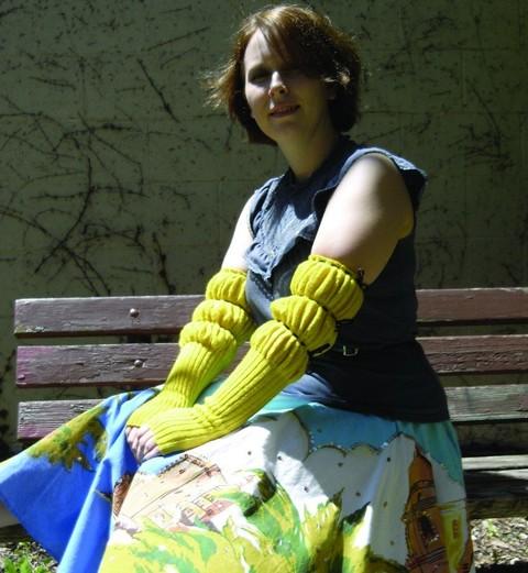 glove_crop_2.jpgmain.jpg