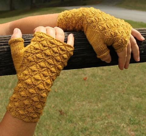 Golden_Rod_Gloves_patternfish.pdf-1main.jpg