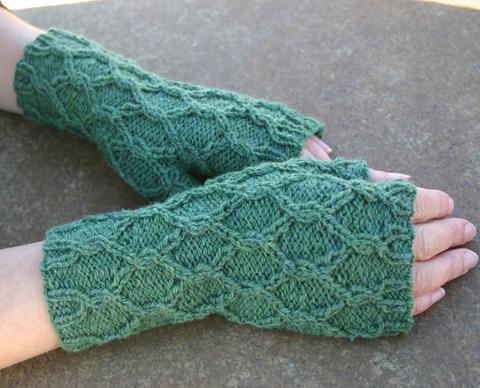 Reticulated_Mitts.jpg