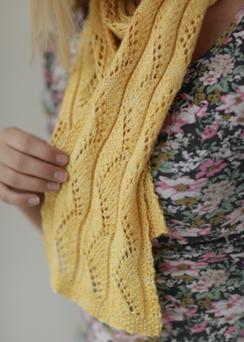 S024WalkontheBeachLaceScarf.jpg