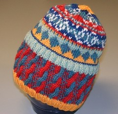 Cables_and_color_hat3