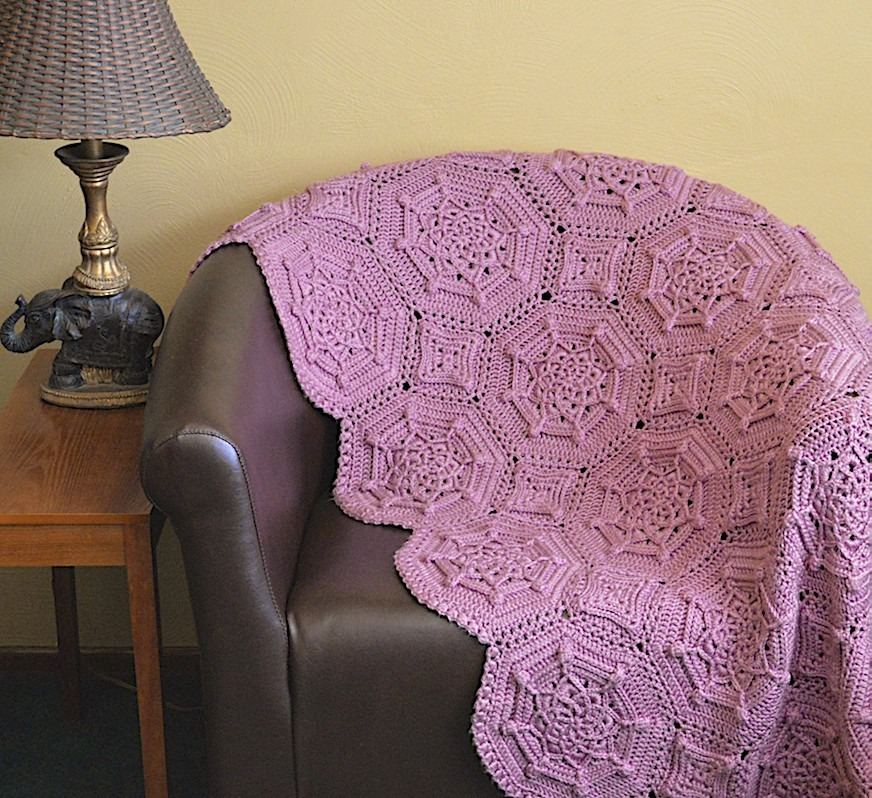 14 Matelassé Crochet Afghan Pattern: Free Bordeaux Matelasse Afghan