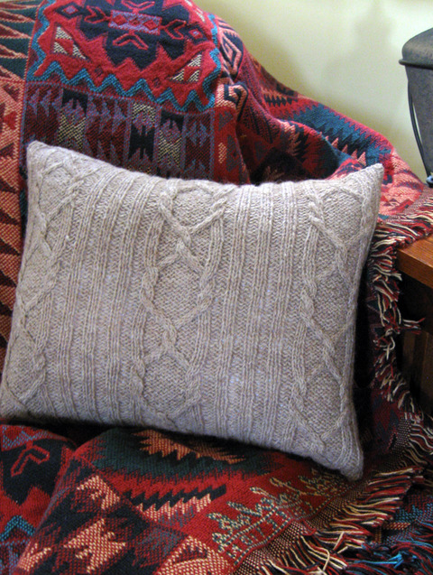 cabled_20winter_20pillow_20web_20pic.jpg