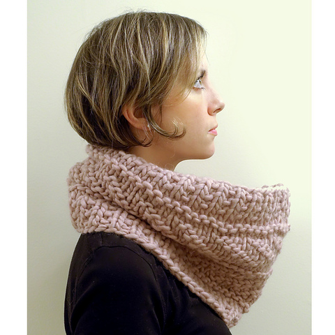 Love_Wool_Guernsey_cowl_the_crafty_jackalope_01_rav_medium2.jpg