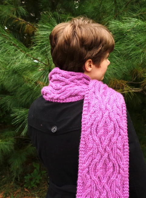 Intertwining_20Cables_20Scarf_203.JPG