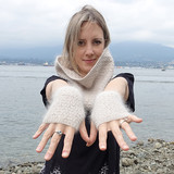 Honey_stone_cowl_fingerless_gloves_the_crafty_jackalope_10_sized