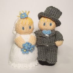 Bride_20and_20groom_20wedding_20dolls_20knitting_20pattern_20(2)