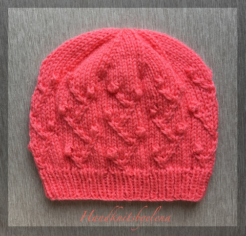 Hat_20with_20Berry_20Branches_201.JPG
